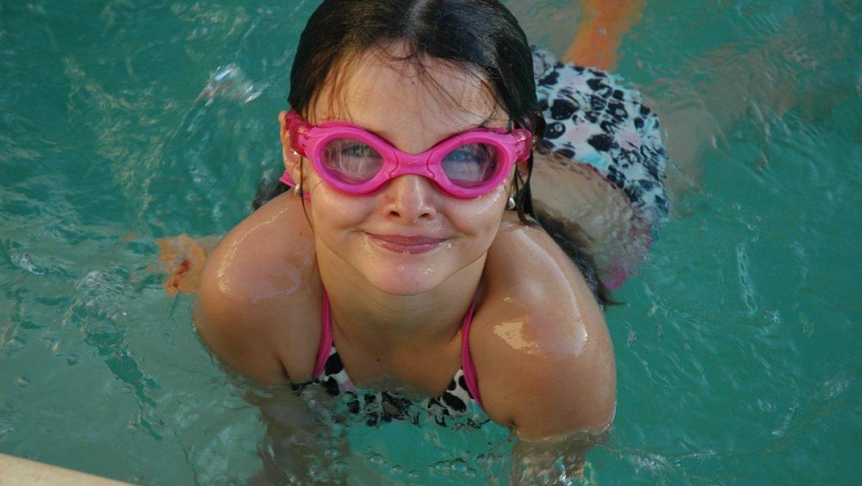 יום כיף בבריכה